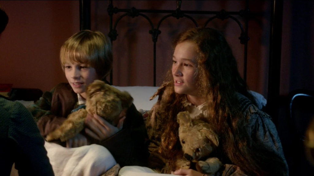Digby-and-Francesca-with-Teddy-Bears