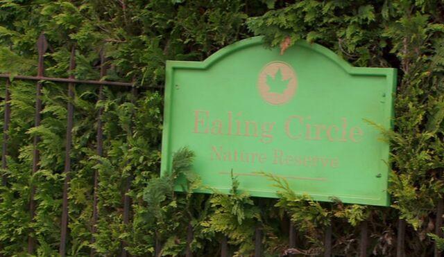 File:Ealing Circle.jpg
