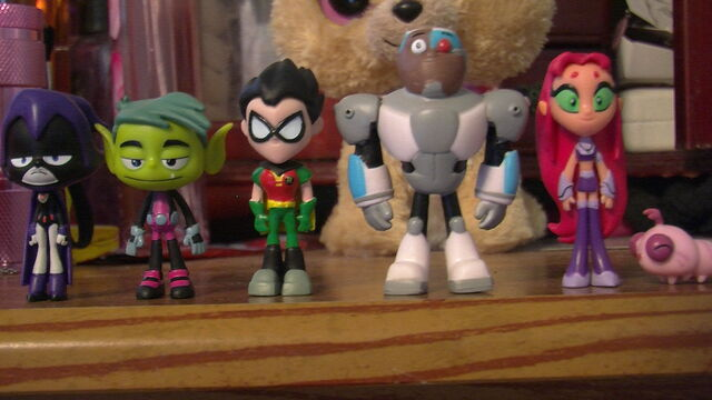 Teen Titans Toys Action Figures : Image my ttg mini action figures g teen titans go