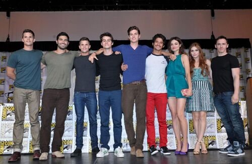 Teen Wolf Season 3 Behind the Scenes Cast at SDCC