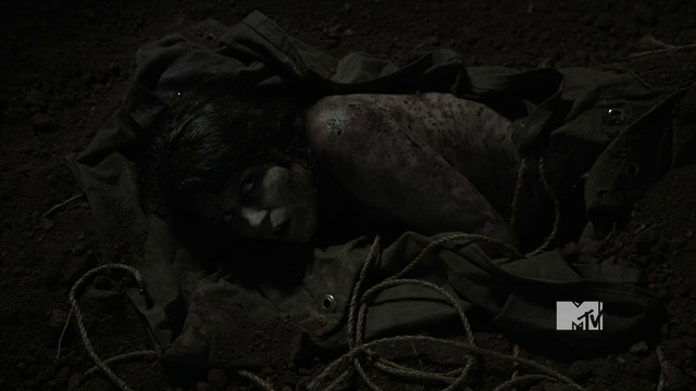 File:Laura Hale's corpse after wolfsbane is removed.png