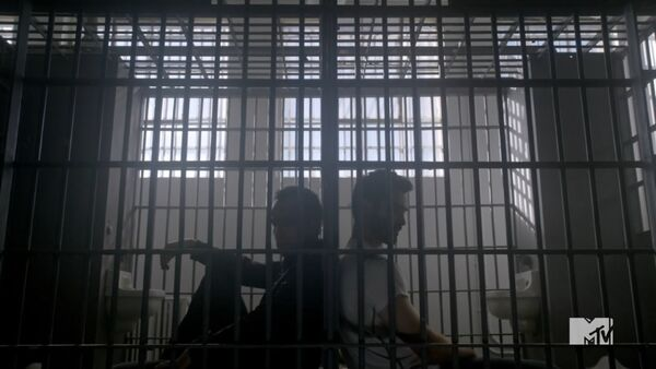 Teen Wolf Season 3 Episode 20 Echo House Tyler Hoechling JR Bourne Derek Hale Chris Argent In Jail