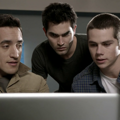 Danny helps Derek and Stiles with hacking