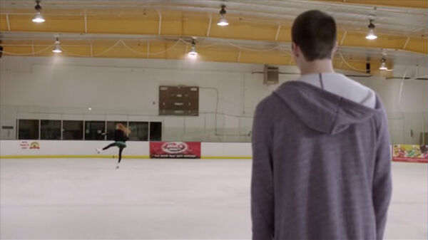 Teen Wolf Season 2 Episode 3 Ice Pick Lydia Skating