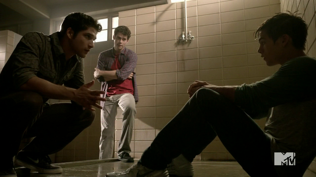 Datei:Teen Wolf Season 4 Episode 5 IED Liam opens up.png