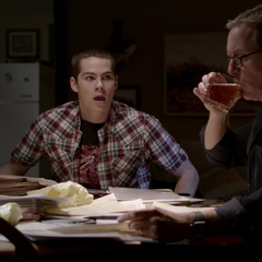 Stiles gets his dad drunk in Co-Captain