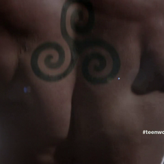 Derek's triple spiral tattoo.