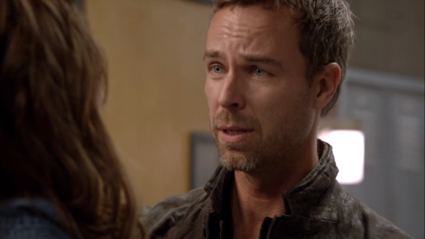 jr bourne gifjr bourne instagram, jr bourne in arrow, jr bourne filmography, jr bourne wikipedia, jr bourne личная жизнь, jr bourne tumblr, jr bourne gif, jr bourne ncis, jr bourne csi, jr bourne photoshoot, jr bourne facebook