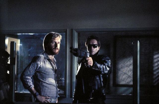 File:T1- Cameron and Arnie on-set.jpg