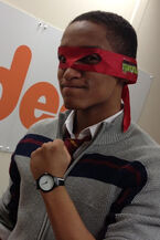 Nickelodeon-Star-House-Of-Anubis-Actor-Alex-Sawyer-Alfred-Alfie-Lewis-Teenage-Mutant-Ninja-Turtles-Raphael-Mask-Red-TMNT-HoA-Greenroom