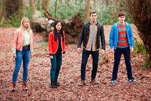 Er-Jake-Davis-Cassie-Roxy-Fitzgerald-And-Erin-Kae-Alexander-Standing-In-The-Woods-House-Of-Anubis-The-Touchstone-Of-Ra-Nickelodeon-UK-Facebook-HoA-SIBUNA