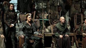The100 S3 Watch The Thrones Nia Titus Ontari