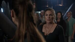 The100 S3 Wanheda Part 1 Abby 13