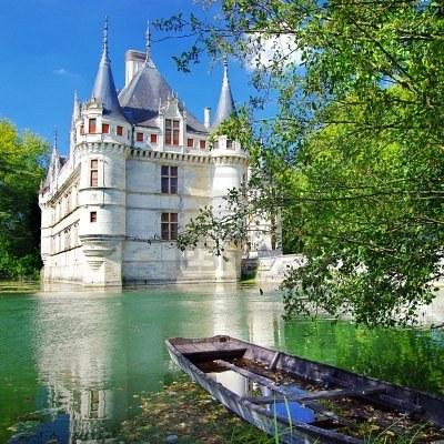 File:3678823-fairy-azey-le-redeau-kasteel--loire-vallei.jpg