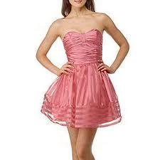 File:Tamora's dress.jpg