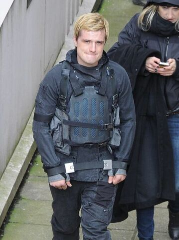 File:Josh on set.jpeg