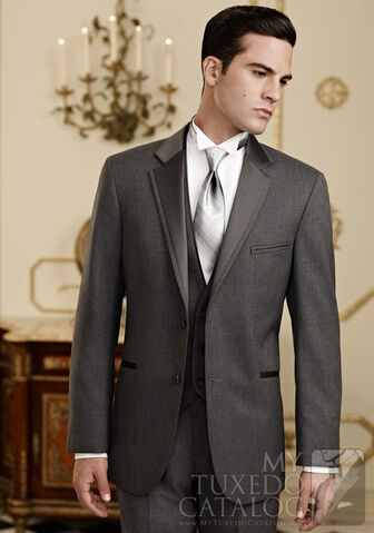 File:Ethan's Interview Tux.jpg