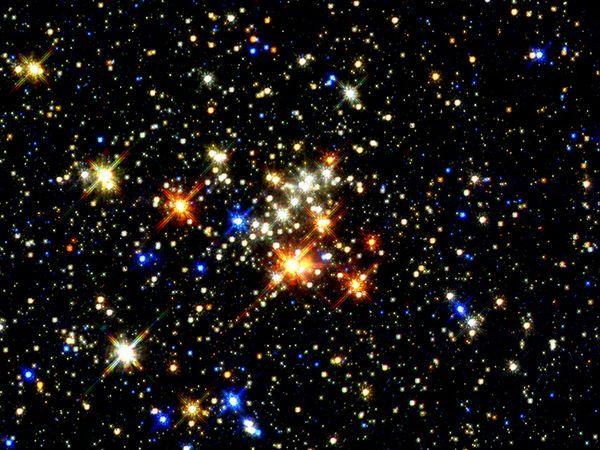 File:Stars 1230 600x450.jpg
