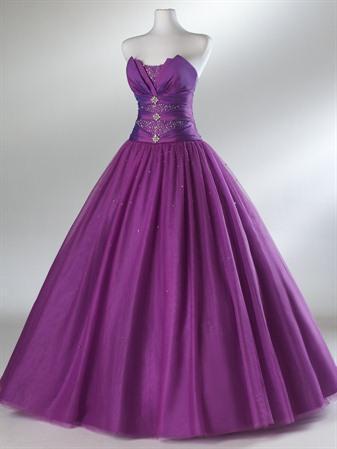 File:Purple-prom-dresses-2.jpg