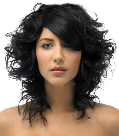 File:Mid-length-layered-black-wavy.jpg