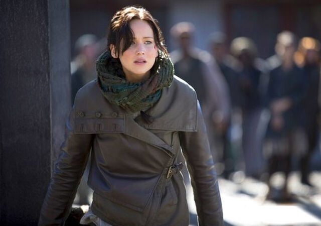 File:Cf hungergames-katniss-whipping.jpg