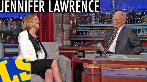 Jennifer Lawrence and David Letterman Sing!-0