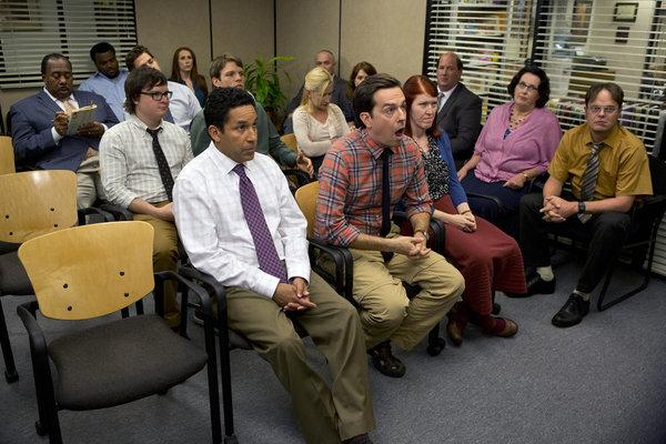 File:The office season 9 group1.jpg