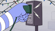 S6E11.181 Mordecai Plugs in the Lights