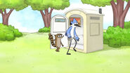 S05E16 Entering the toilet
