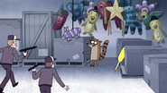 S4E36.209 Rigby Cornered by Security Guards