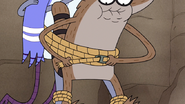 S4E32.107 Rigby Tying Everyone Together