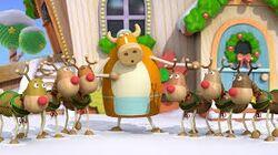 Reindeer and Madame Au Lait