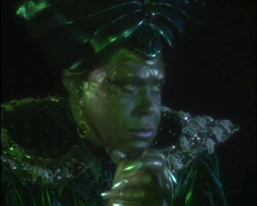 Genie Of The Ring Tim Burton Wiki Fandom Powered By Wikia