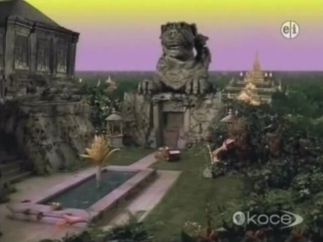 File:Morlock Sphinx Wishbone.jpg