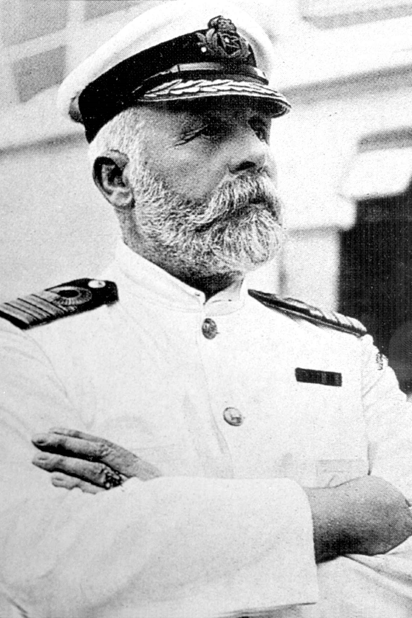 """captain edward j smith and the sinking of the titanic This was captain e j smith's retirement trip all he had to do was get to new york in record time captain e j smith said years before the titanic's voyage, """"i cannot imagine any condition which would cause a ship to founder modern shipbuilding has gone beyond that"""" captain smith ignored seven iceberg warnings from."""