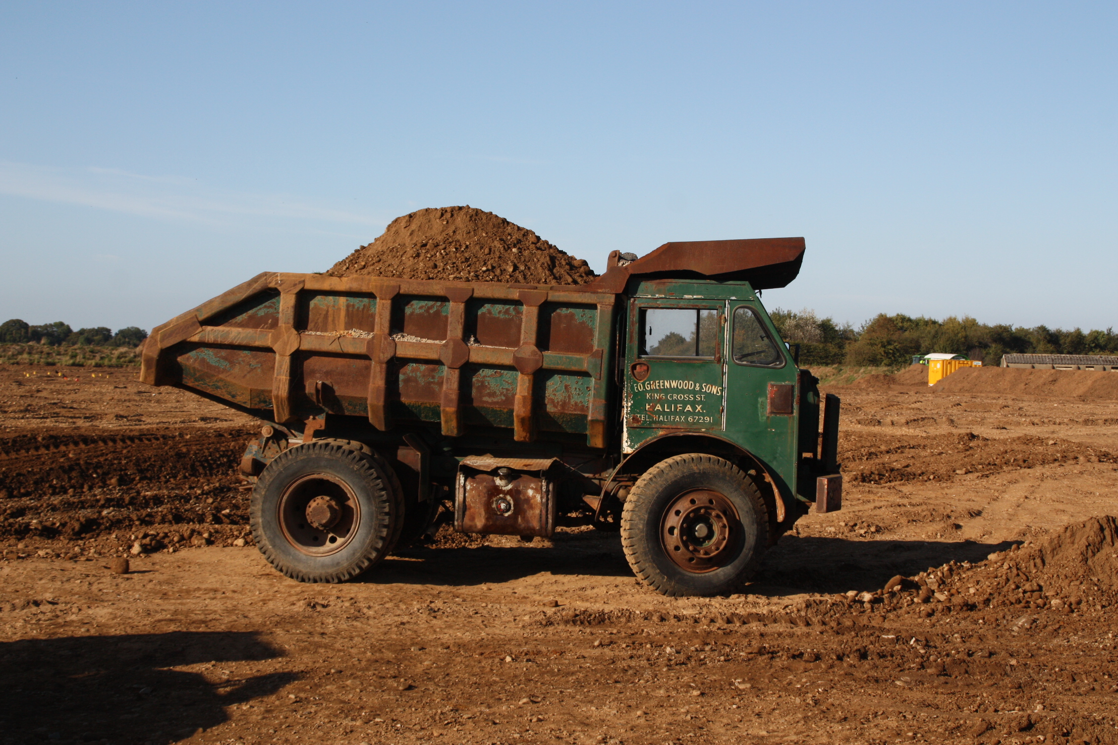 Fully loaded quarry dump truck image foden dump truck in the quarry at scorton