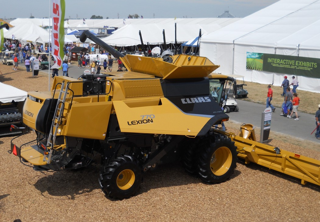 Claas Lexion 770 Usa Tractor Amp Construction Plant Wiki