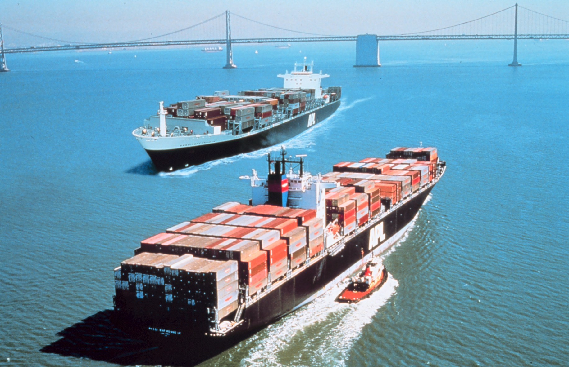 variable cost and large vessel
