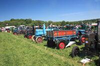 Single cylinder tractor line ar Belvoir 2010IMG 2849