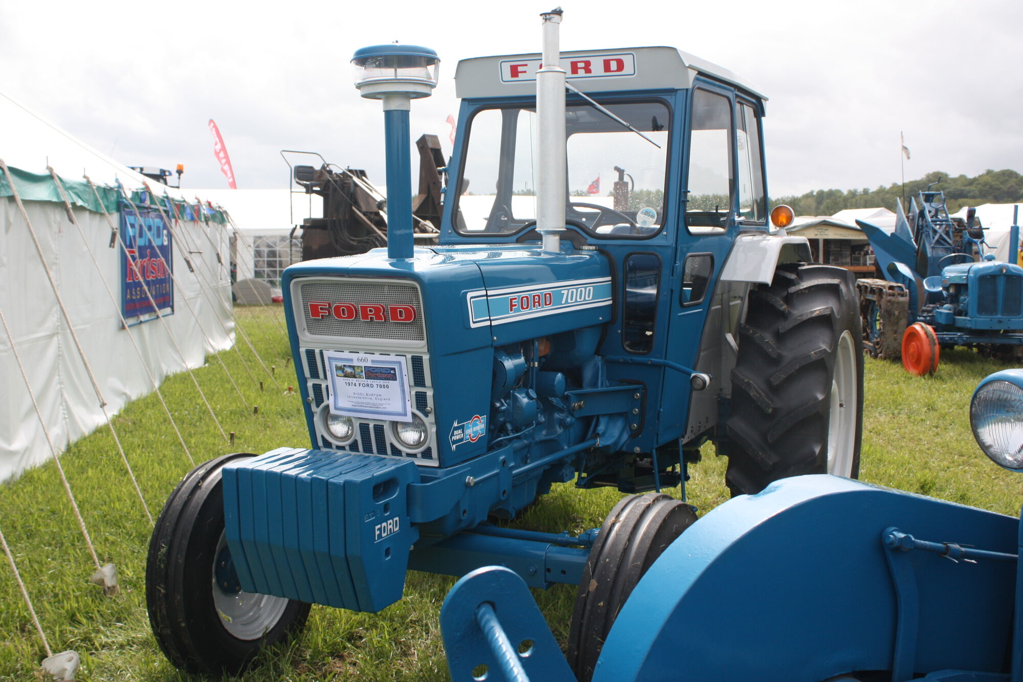 Ford 7000 Tractor : Ford tractor construction plant wiki fandom