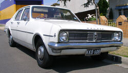 1969-1970 Holden HT Kingswood sedan 01