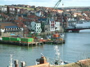 Crane on barge - Whitby harbour - DSCF0137
