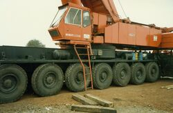 Gottwald mobile crane base (close up) - SCAN0112