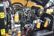Caterpillar TH407 engine bay - IMG 7613