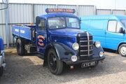 Bedford reg KYE 185 at Donnington Park 09 - IMG 6104small