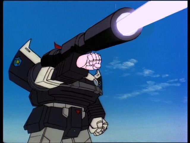 File:Prowl met het kanon van Megatron 2.jpg
