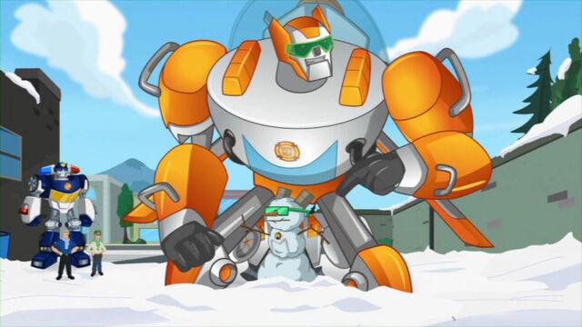 File:ChristmasInJuly Blade snowbot.jpg