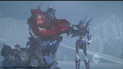 Prime-optimusprime&arcee-s01e07-157