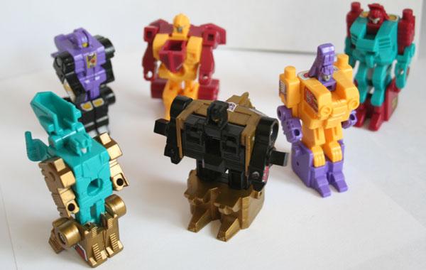 File:Pretendermonsters-toys-robotmodes.jpg