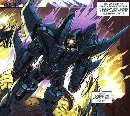 File:Dreadwing IDW transformers comics.jpg
